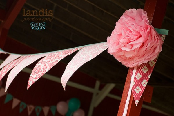 DIY Fabric Bunting with Tanya Whelan Darla Fabric, Ribbon and Tissue Paper Flower